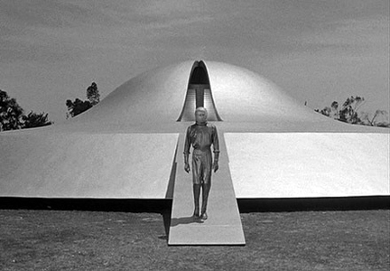 #241. The Day The Earth Stood Still (1951)