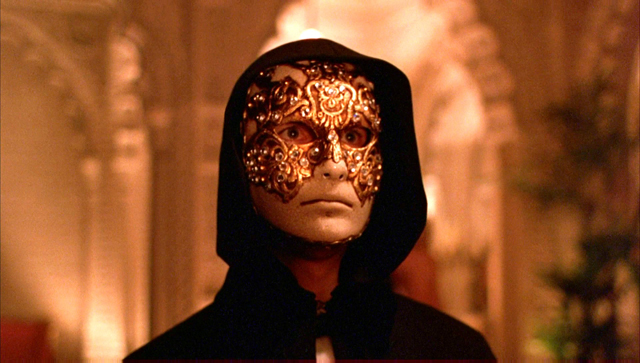 #1002. Eyes Wide Shut (1999)