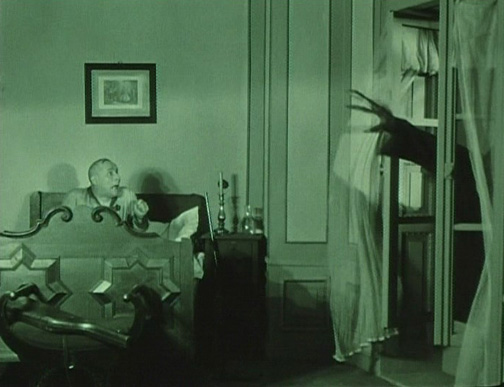 No, I didn't get the wrong movie, this shot isn't from Nosferatu!